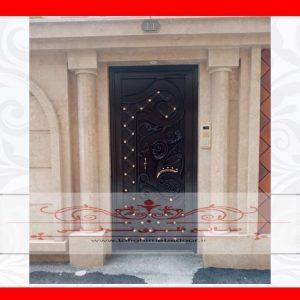 درب ورودی ساختمان طرح ارغوان